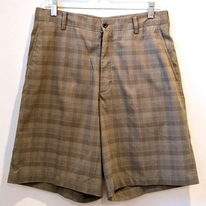 Nike Golf men's tan plaid shorts sz 32